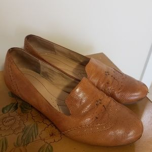 Naturalizer Lerato, Camelot Leather Loafer - Tan